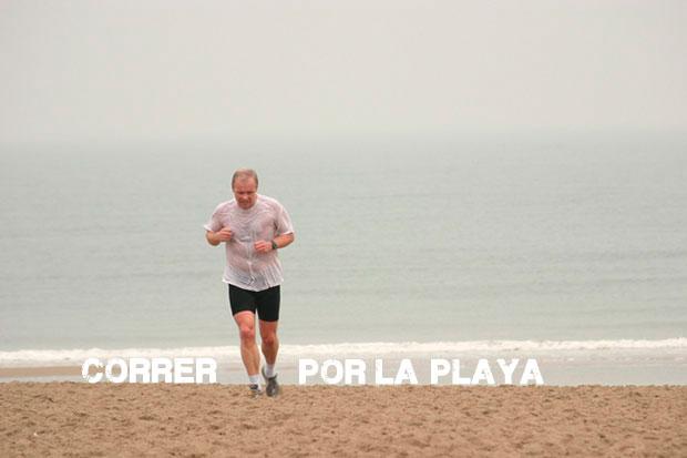 runner en la playa