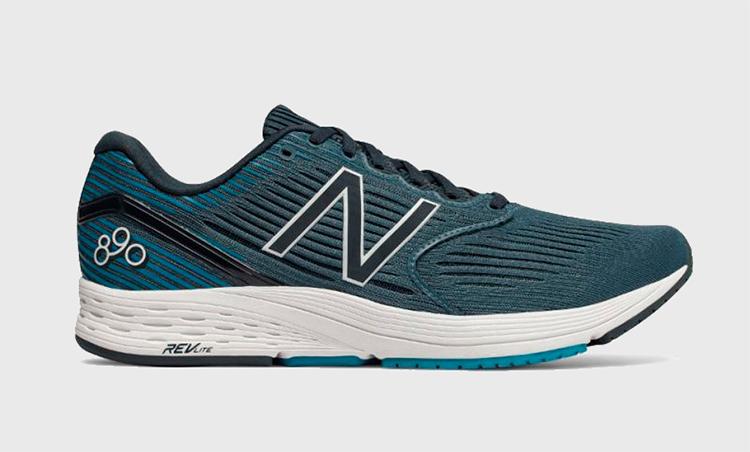New Balance 890 v6