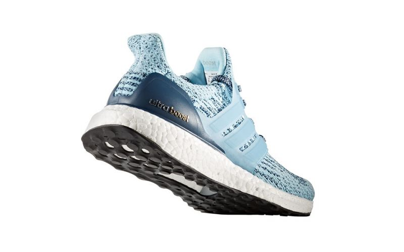Adidas Ultra Boost celeste