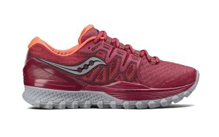 SAUCONY XODUS ISO 2 MUJER ROJO CORAL S103871