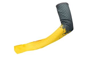 <center><b>LA SPORTIVA</b><br > <em>MANGUITOS ULTRA ARM WARMER NEGRO AMARILLO J46999100</em>