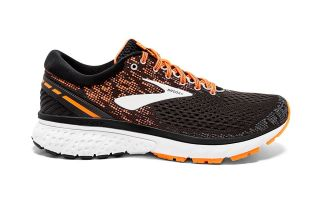 Brooks GHOST 11 NEGRO NARANJA 1102881B093