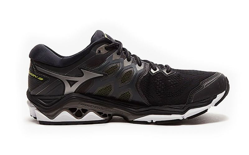 Mizuno Wave Horizon 3 Black - Men running shoes 460213540fe