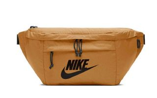 NIKE RIÑONERA TECH HIP MARRON CLARO