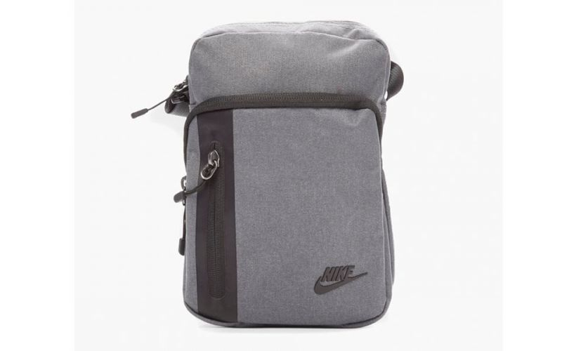3 Gris Small Oscuro Core 0 Bolso Nike Items wkuiTXlPZO