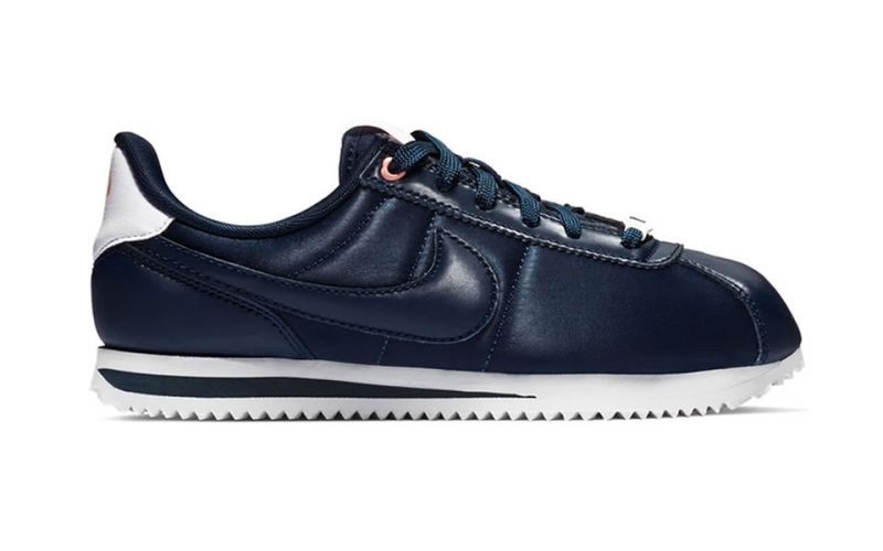 a45fa3537faf Nike Cortez Basic Txt Vday Gs Junior black - Comfortable and resistant