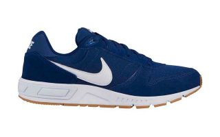 <center><b>Nike</b><br > <em>NIGHTGAZER BLEU ROYAL BLANC NI644402 403</em>