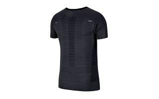 Nike T-SHIRT TECHKNIT ULTRA NOIR