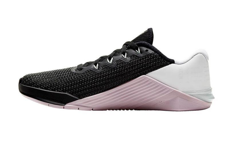 Favor paquete Leche  Nike Metcon 5 negro rosa mujer -