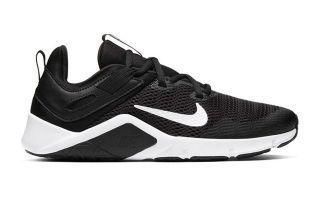 Nike LEGEND ESSENTIAL BLACK WHITE WOMAN