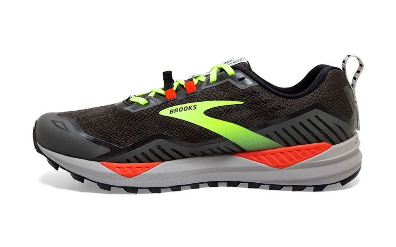 CASCADIA 15 BLACK FLUORESCENT YELLOW