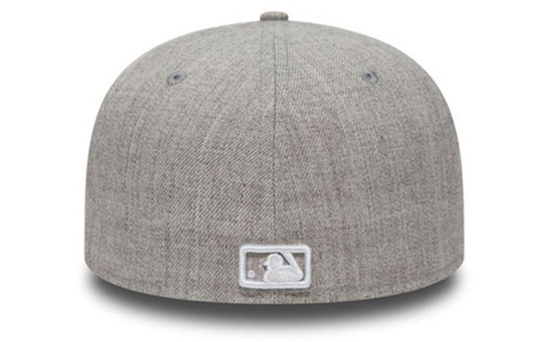 GORRA NY YANKEES ESSENTIAL 59FIFTY GRIS CLARO