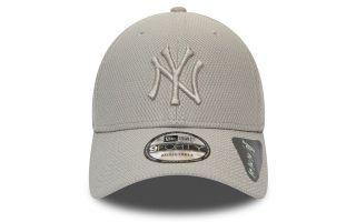 <center><b>New Era</b><br > <em>CAP NEW YORK YANKEES DIAMOND ERA ESSENTIAL 9FORTY GREY</em>