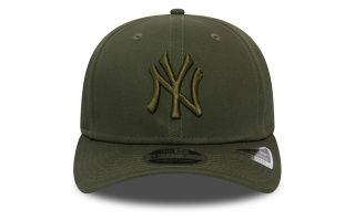 New Era CAPPELLINO NEW YORK YANKEES ESSENTIAL STRETCH SNAP 9FIFTY VERDE MILITARE