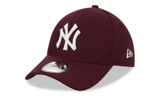 New Era GORRA NY YANKEES DIAMOND ERA ESSENTIAL 39THIRTY GRANATE