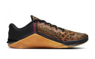 Nike METCON 6 NEGRO GOLD MUJER NIAT3160 096