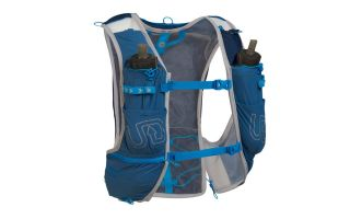Ultimate Direction MOUNTAIN 5.0 BLAU RUCKSACK
