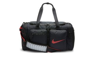 <center><b>Nike</b><br > <em>MACUTO UTILITY DUFF NEGRO</em>