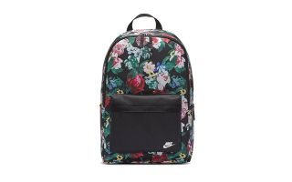 Nike MOCHILA HERITAGE NEGRO FLORAL MUJER