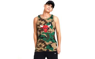 NEW ERA CAMISETA CHICAGO BULLS CAMO VERDE MARR�N