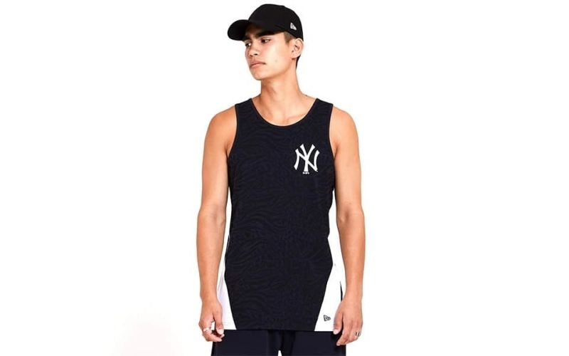 CAMISETA SIN MANGAS NY YANKEES ALL OVER PRINT TAPED PANEL NAVY