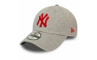 <center><b>New Era</b><br > <em>CAP NEW YORK YANKEES JERSEY ESSENTIAL 9FORTY GREY RED</em>