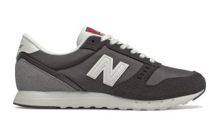 <center><b>New Balance</b><br > <em>311 CORE GREY BLACK</em>