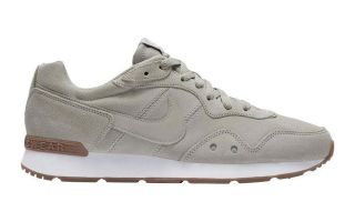Nike VENTURE RUNNER SUEDE BEIGE CQ4557 003